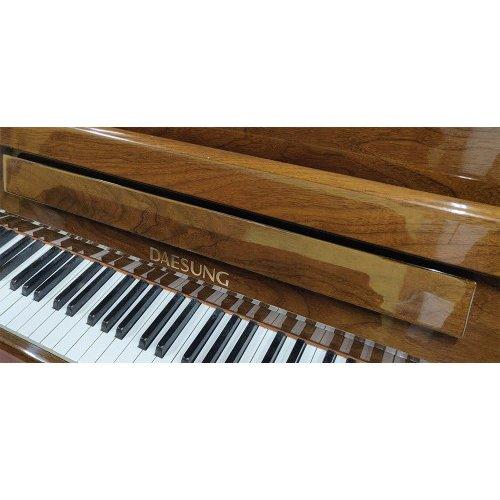 פסנתר DAESUNG